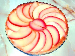 りんごの全卵カスタードタルト