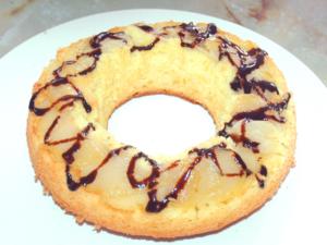 リンゴのシンプルリングケーキ