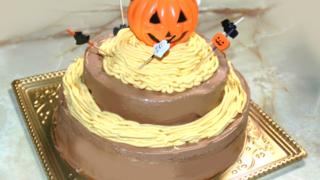 チョコと南瓜の豪華な二段ケーキ