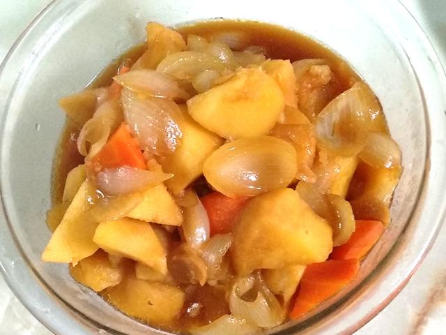 骨付きモモ肉の醤油煮のリメイク煮物