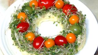 クリスマスリース風サラダ