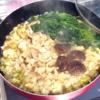 ラーメンスープで簡単モツ鍋