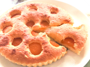 アプリコット缶で!杏のシンプルバターケーキ